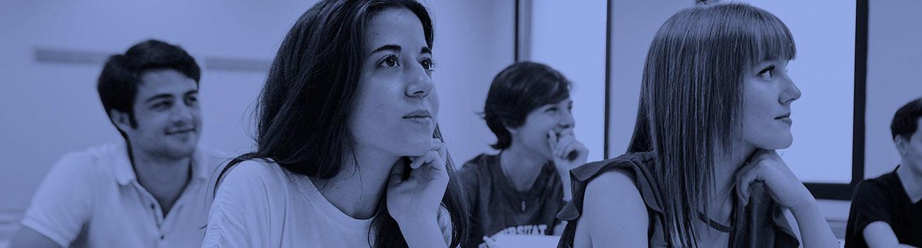 Aprende inglés en la EIM: clases presenciales (Barcelona y alrededores) y online. Preparación para exámenes oficiales. Profesores Nativos. Modalidad Senior.
