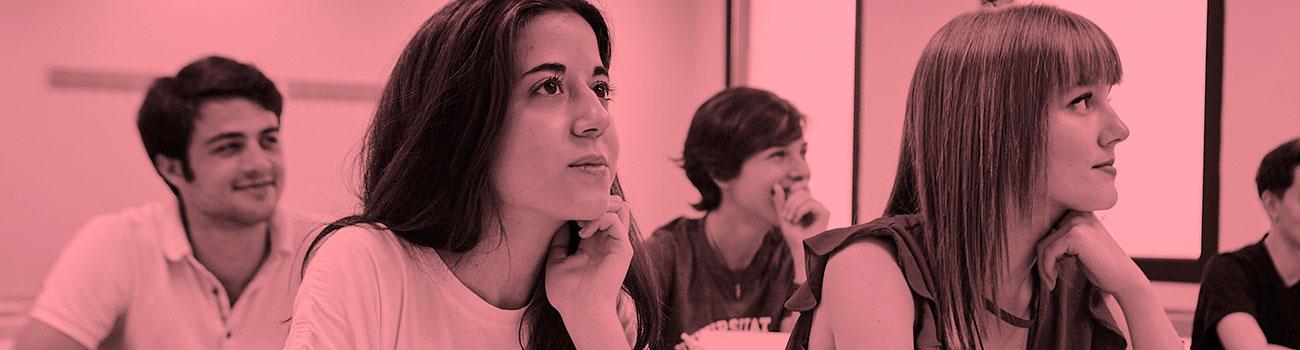 Aprende francés en EIM: clases presenciales (Barcelona y alrededores) y online. Preparación para exámenes oficiales. Profesores Nativos. Modalidad Senior.